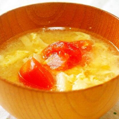 トマトと卵の味噌汁♪酸味がアクセント♪