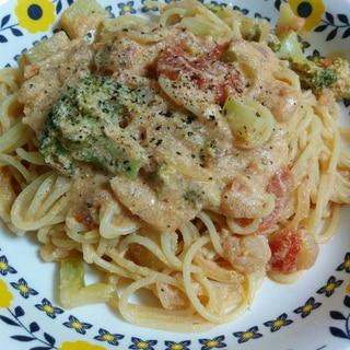~小エビとブロッコリーの豆乳トマトパスタ~