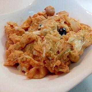 白菜キムチとサラダ豆と青のりの卵炒め