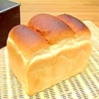 【ママパン】パリッとしたクラストの山型食パン