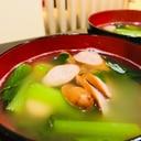 ウインナーと小松菜の鶏だしスープ