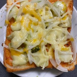 ブロッコリーの茎♪ピザトースト