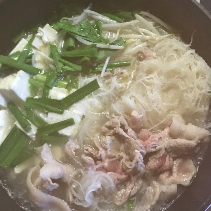 大根のつまたっぷり!豚肉の生姜鍋