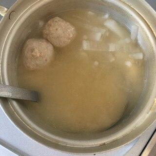 スーパージャーレシピ♪鶏団子と大根の味噌汁