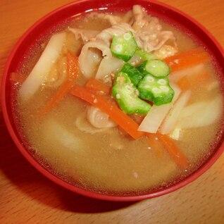豚肉とオクラの味噌汁