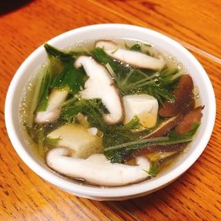 水菜と椎茸のサンラータン風スープ