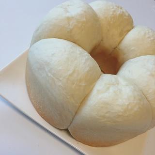 無水鍋でふわっふわ塩パン♡ノンエッグ、ノンバター☆