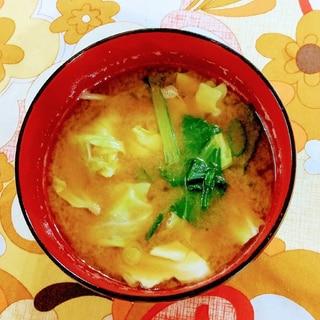 キャベツと小松菜の味噌汁