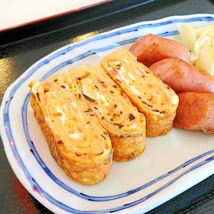 鮭フレークと塩昆布の玉子焼き