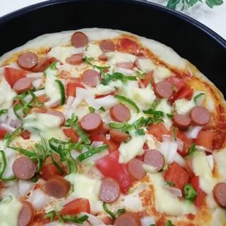 フライパンで☆トマト&ピーマンのピザ