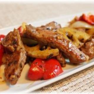 牛肉と野菜たっぷりピリ辛トウチ炒め