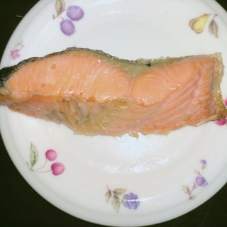 フライパンで簡単!ふっくら焼き鮭