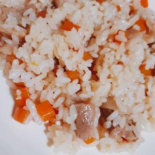 簡単ジューシー風(沖縄の炊き込みご飯)