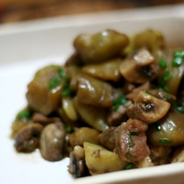 海外で中華!牛肉と茄子とキノコのオイスター炒め