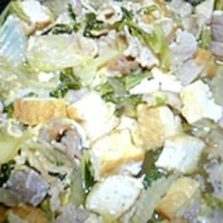 厚揚げと白菜の豚肉煮込み