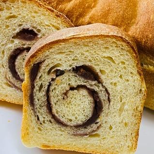 あんこ渦巻き♪米粉入りミニ食パン♪