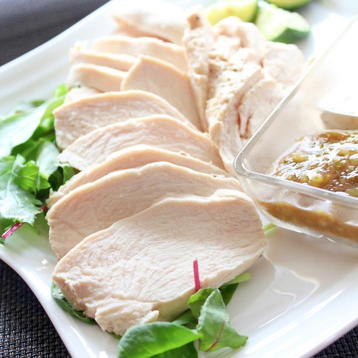 鶏ハムより簡単!3分「茹で鶏」我が家版☆2種ソース
