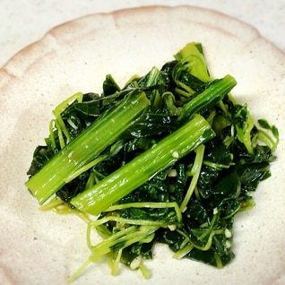 栄養満点☆小松菜と豆苗のオイスター炒め