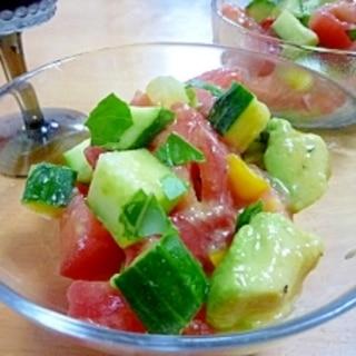 夏野菜の冷たいサラダ