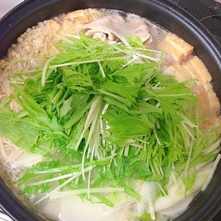すぐ出来る!簡単お鍋♪厚揚げと大根の美味しい水炊き