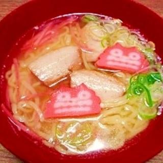 角煮の茹で汁でスープ☆沖縄そば風