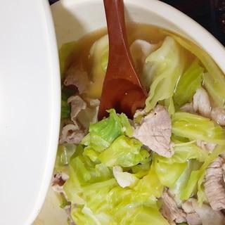 簡単ヘルシー(^^)豚肉とキャベツの鶏ガラ醤油鍋♪