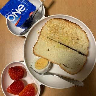 朝食プレート☆チキンカツとゆで卵のホットサンド