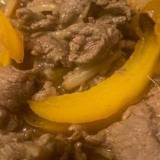 牛肉の黒胡椒炒め
