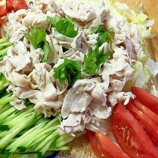 野菜いっぱ〜い^ ^ 冷しゃぶ♪ サラダ ♪