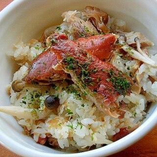 魚煮つけリメイク❤混ぜ炊き込みご飯♪(ぶなしめじ)