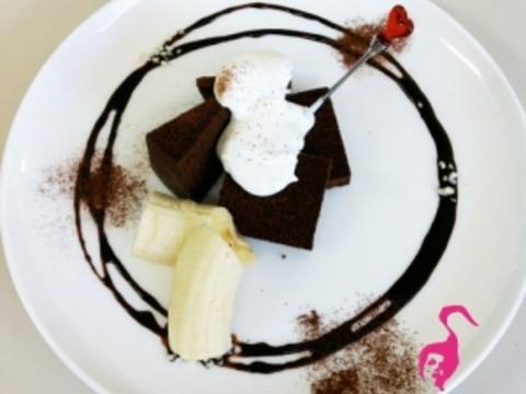 マダムシンコ流★カフェの盛り合わせケーキ