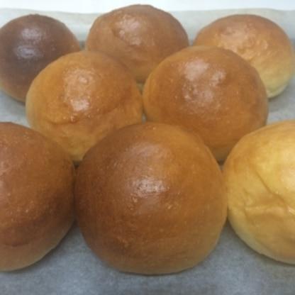 いつも作ってるのよりフワフワ柔らかく美味しかったです。この配合で今度は食パンを作ってみようとおもってます。素敵なレシピをありがとうございました。