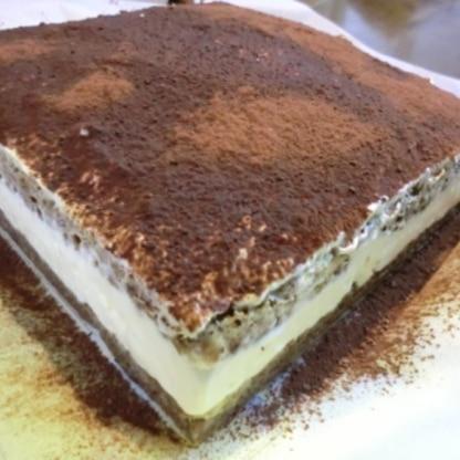 スポンジ生地は大豆粉、お砂糖の替わりにシュガーカットを使って、低糖質にしてみました。簡単ですごく美味しいですね!