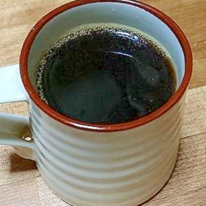 チョコレート入りヘーゼルナッツコーヒー