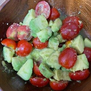 アボカドトマトの甘めサラダ