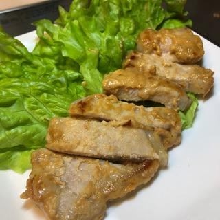 豚肉の酒麹味噌漬け
