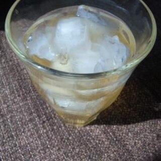 ホットでもアイスでもOK☆蜂蜜レモン梅酒