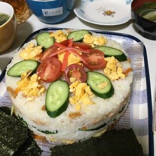 お誕生日に!メインのお寿司ケーキ❤️
