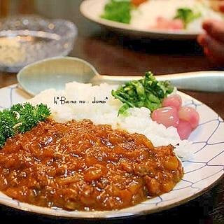 デミグラスソースいり挽肉カレー