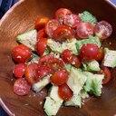 アボカドとトマトの簡単サラダ