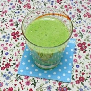 小松菜とみかんのグリーンジュース