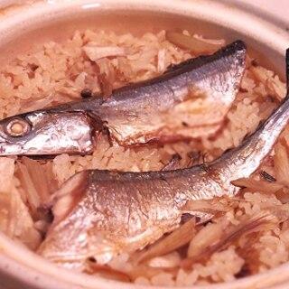 秋だ秋刀魚だ!秋刀魚と牛蒡の土鍋ご飯