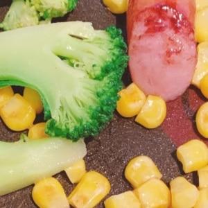 インゲン豆と魚肉ソーセージのオイスター炒め