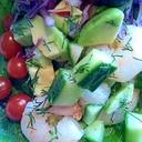 夏バテを防ぐヘルシーでボリュームのあるサラダ