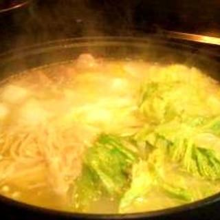 濃厚丸鶏スープ鍋◎
