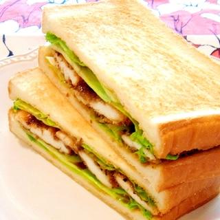 ササミのパン粉焼きサンド