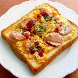 減塩!お魚食べようトースト♪(魚肉ソーセージ&卵)