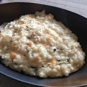 クリームシチューをリメイク☆5分でチーズリゾット