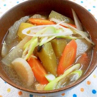 沢山お野菜がとれる!具だくさんの味噌汁♪