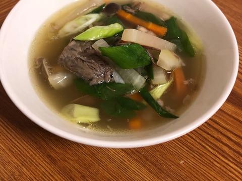 牛肉と野菜のスープ